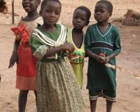 kawara-enfants-debout